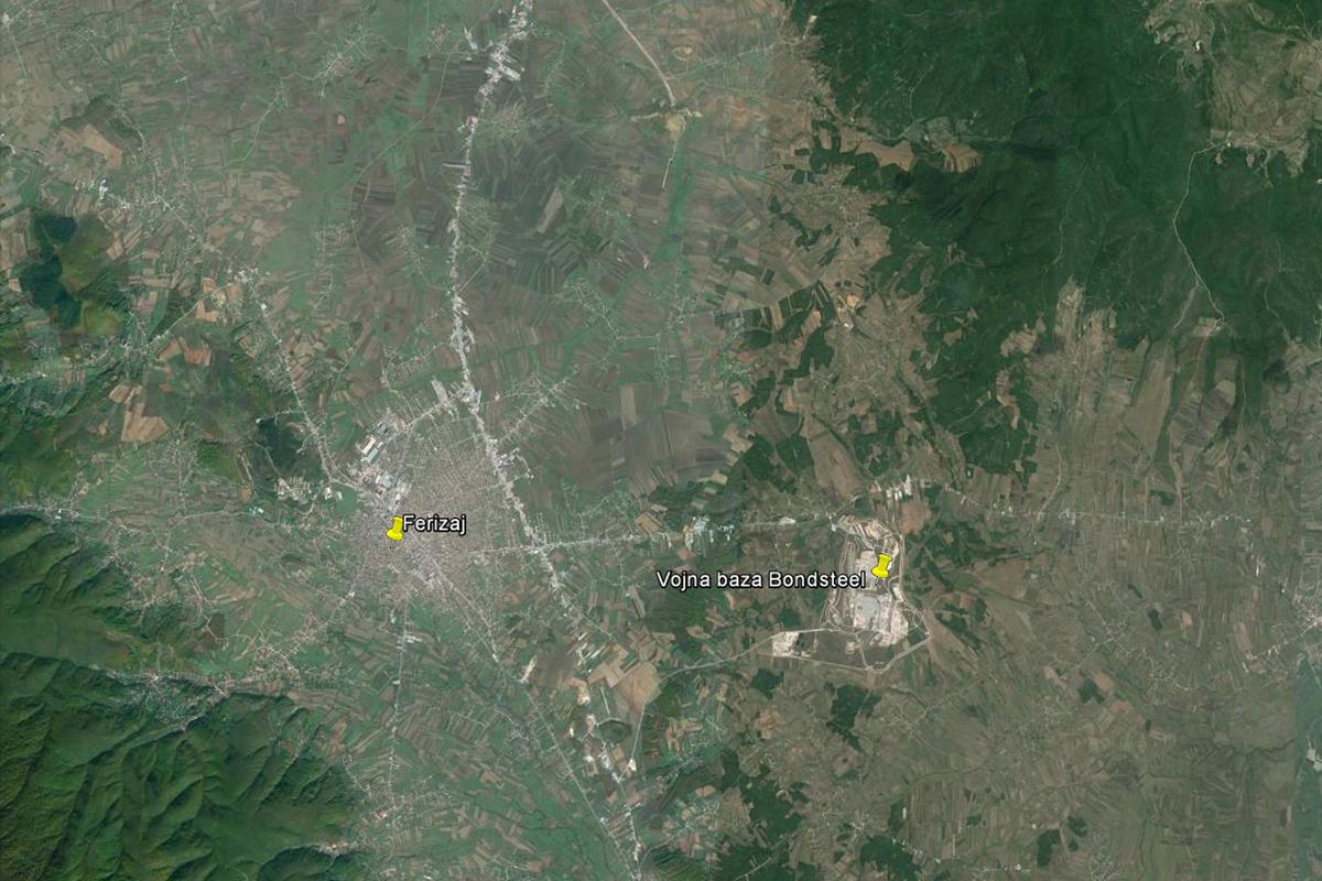 Udaljenost baze Bondsteel i grada Ferizaja je samo 7 kilometara zračne linije
